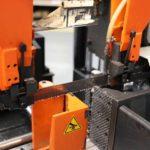 Ventajas del corte por sierra para las industrias