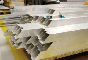 Corte de titanio por chorro de agua
