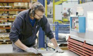 servicio de corte de aluminio